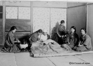 1920年代のガールスカウトの訓練の写真